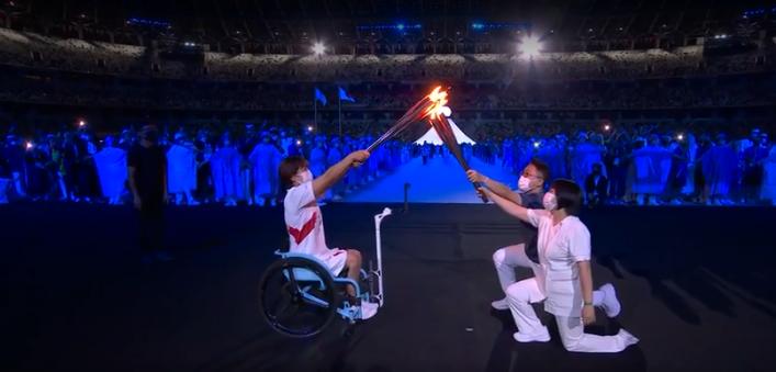 Chamada foi passada para uma atleta paraolímpica. (Foto: TV Globo)