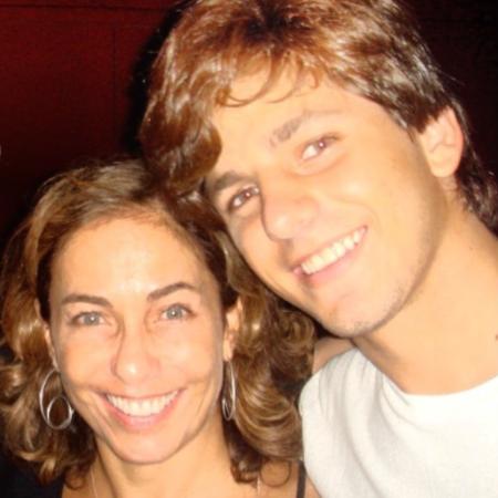 """""""Há 11 anos meu filho Rafael virou Anjo, nosso Anjo, imenso demais para ser só meu"""