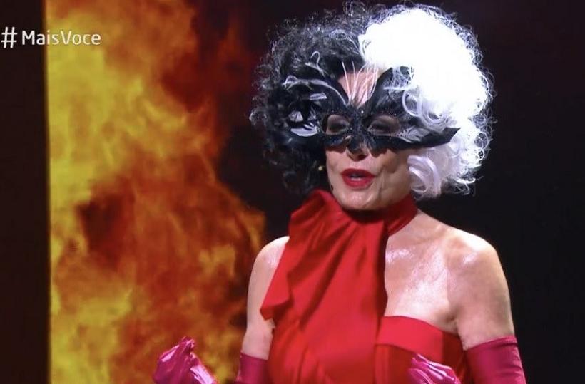 """""""Cruella é um pouco doidinha, transgressora, mas quem não tem seu momento de rebeldia? Eu me identifico"""", brincou a apresentadora. (Foto: Globo)"""