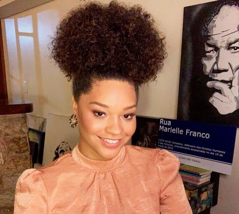 """""""Não pensava numa trajetória na TV"""", revelou a atriz. (Foto: Instagram)"""
