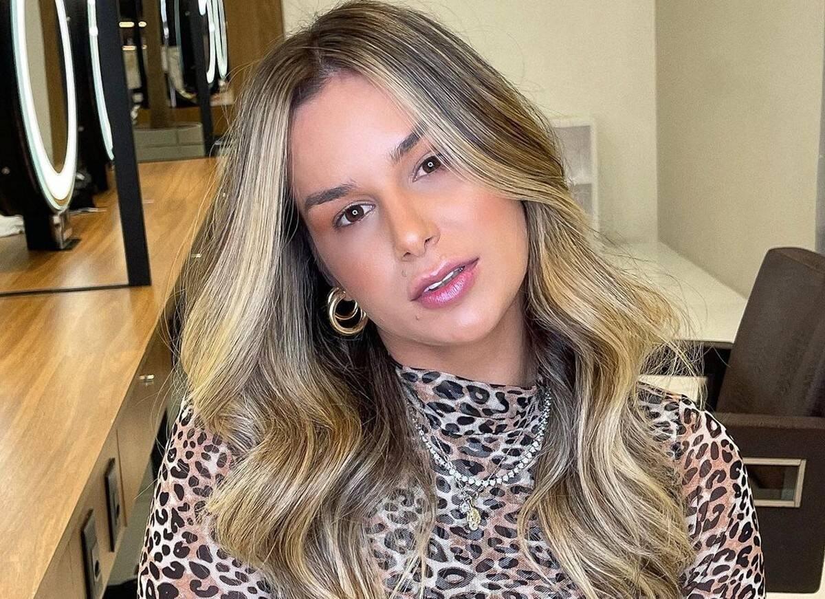 Agredida pelo ex-marido, Iverson, o DJ Ivis, Pamella Holanda comemorou as alterações na Lei Maria da Penha aprovadas na última quinta-feira (29). Através das redes sociais, ela falou sobre o assunto. (Foto: Instagram)