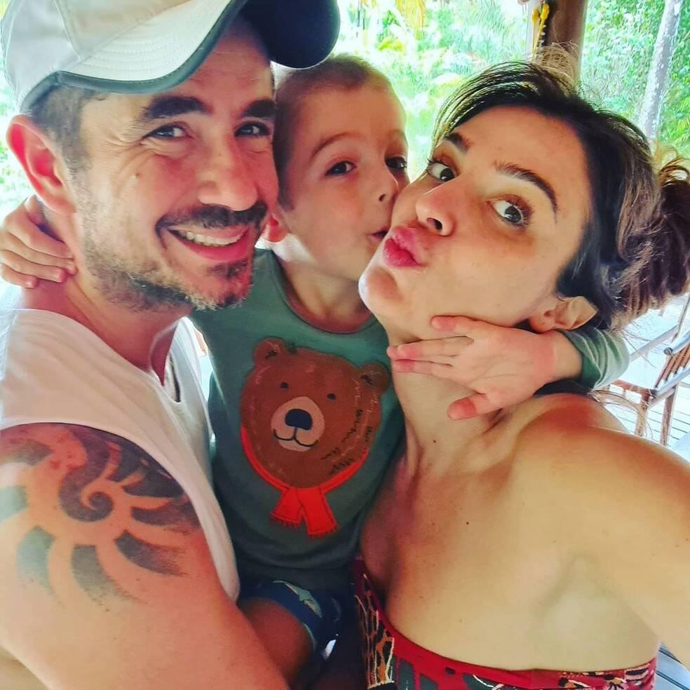 Os dois começaram a conversar e logo se encontraram. Hoje eles são pais de Rocco. (Foto: Instagram)