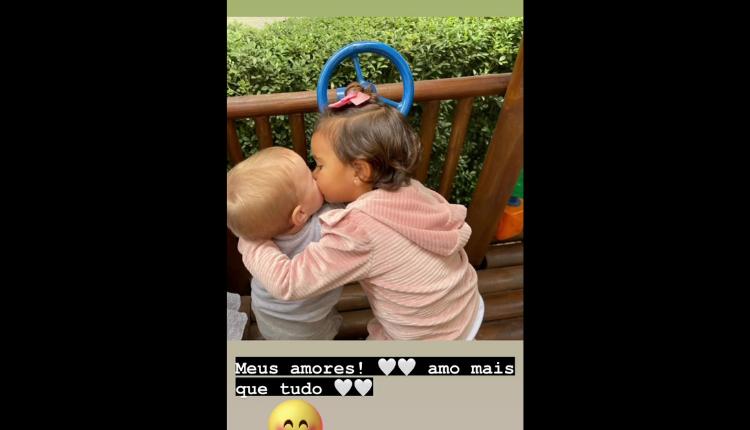 """""""Meus amores! Amo mais que tudo"""", declarou a filha de Roberto Justus e Ticiane Pinheiro. (Foto: Instagram)"""