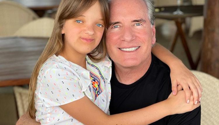 O apresentador Roberto Justus surpreendeu a filha Rafa Justus no aniversário de 12 anos. (Foto: Instagram)