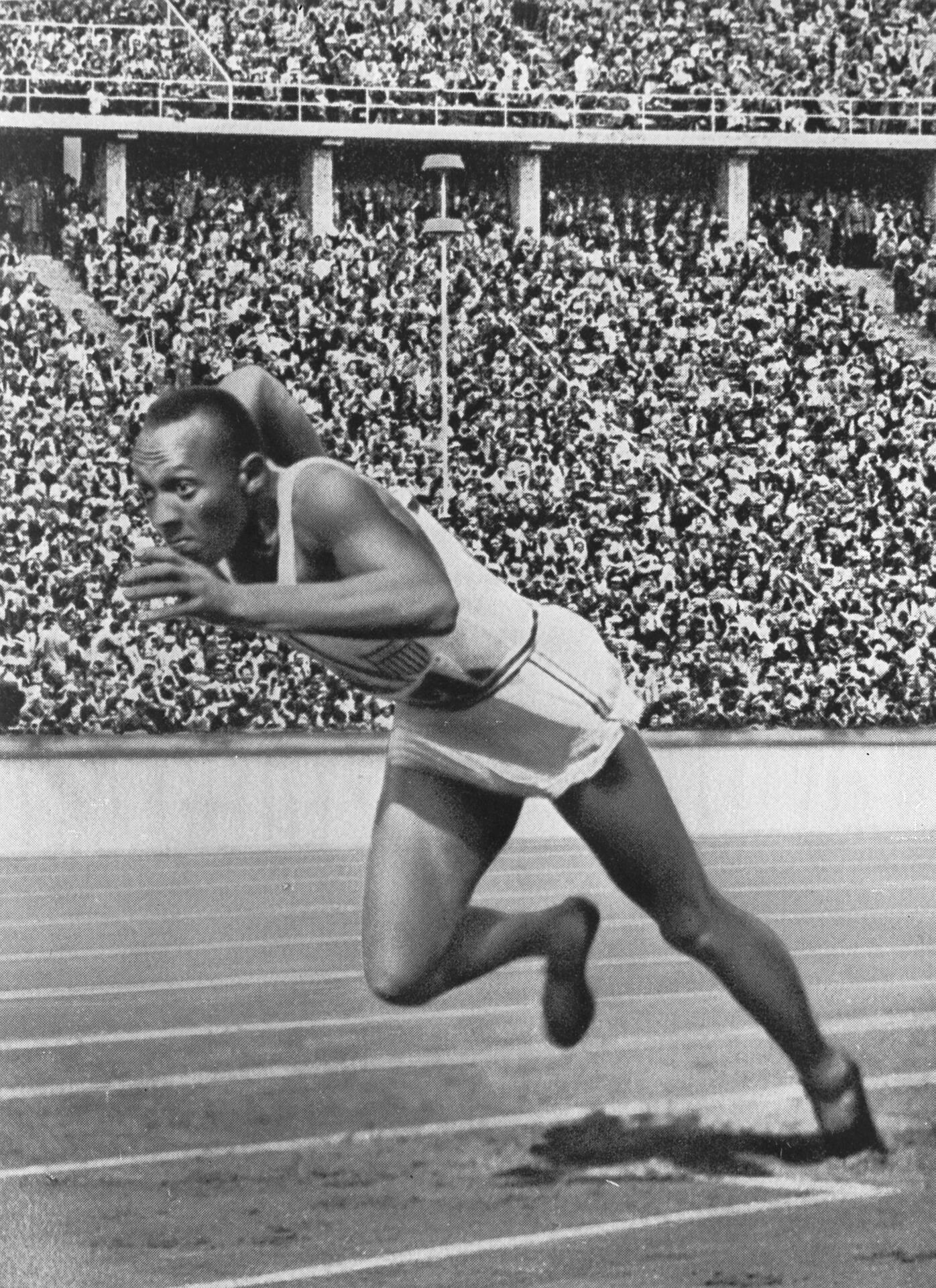 Jesse Owens fez história ganhando quatro medalhas, quando participou das Olímpiadas na Alemanha Nazista, regime considerado racista (Foto: Pixabay)