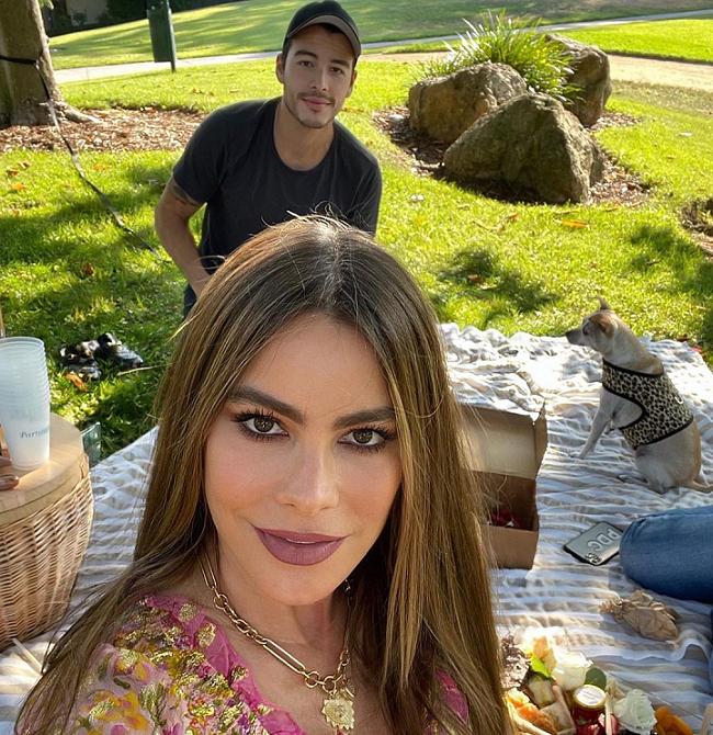 A atriz colombiana é mãe de Manolo González, de 27 anos. (Foto: Instagram)