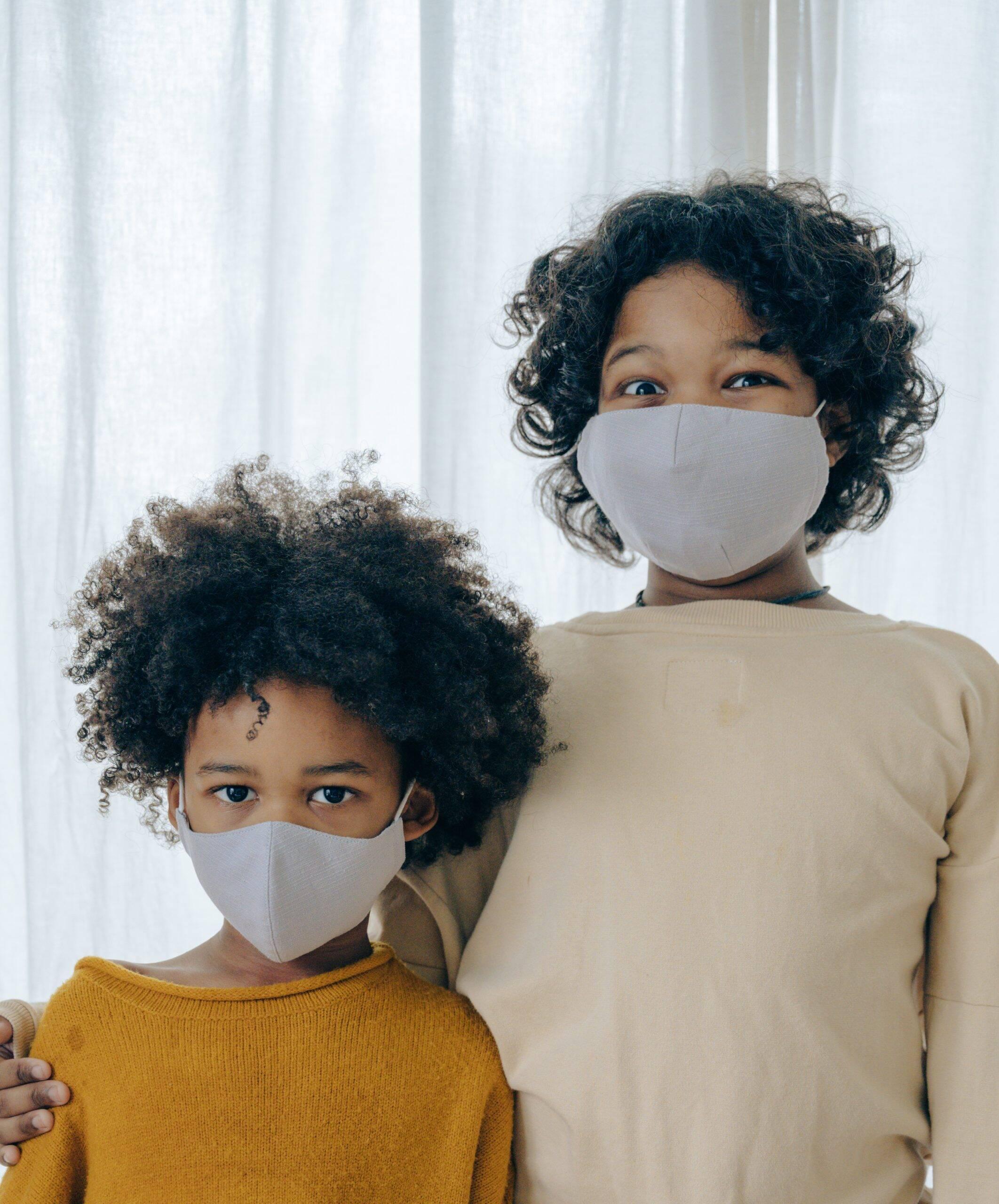 Segundo a Anvisa, ainda não existe estudos suficientes que comprovem que a vacina possa ser aplicada com segurança nas crianças (Foto: Pexels)