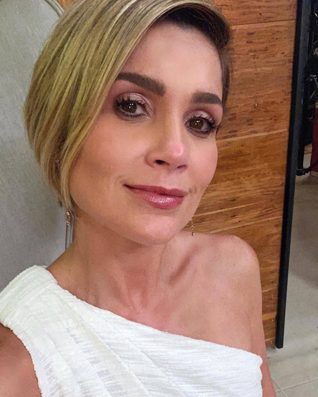 """Flávia é outro nome que já está cotado para participar da nova novela """"Travessia"""". Com muitos sucessos em seu currículo, a atriz ganha o salário na faixa dos 100 mil reais mensais. (Foto: Instagram)"""