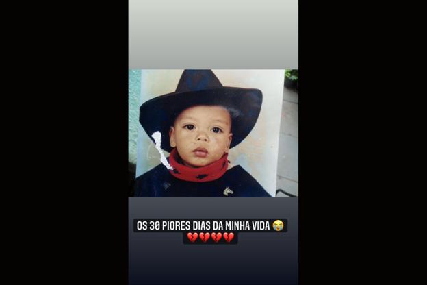 Depois publicou uma série de fotos com o filho declarando o seu amor (Foto: Instagram)