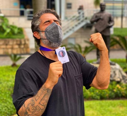 O apresentador sempre quis ir para Globo (Foto: Instagram)