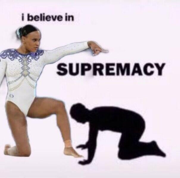 Rebeca Andrade se tornou um patrimônio nacional ao levar para casa a medalha de ouro e prata pela ginástica brasileira (Foto: Twitter)