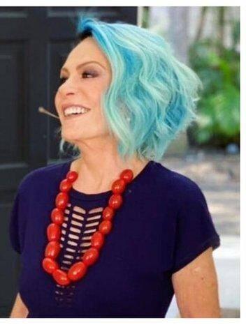 Ana Maria Braga é outra que ousou nas escolhas do cabelo (foto: Globo)