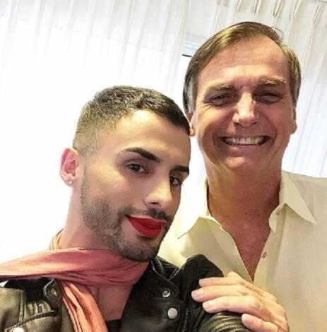Augustin è un influencer, truccatore e sostenitore del presidente (non partigiano) Jair Bolsonaro (Immagine: Instagram)