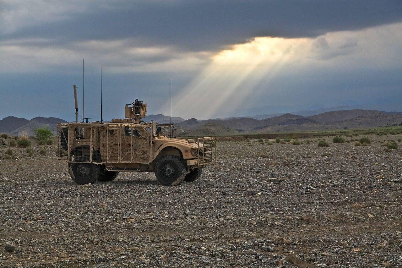 Foi exatamente a retirada das tropas estadunidenses, que abriu espaço para que o grupo extremista Talibã tomasse o poder de volta no Afeganistão (Foto: Pixabay)