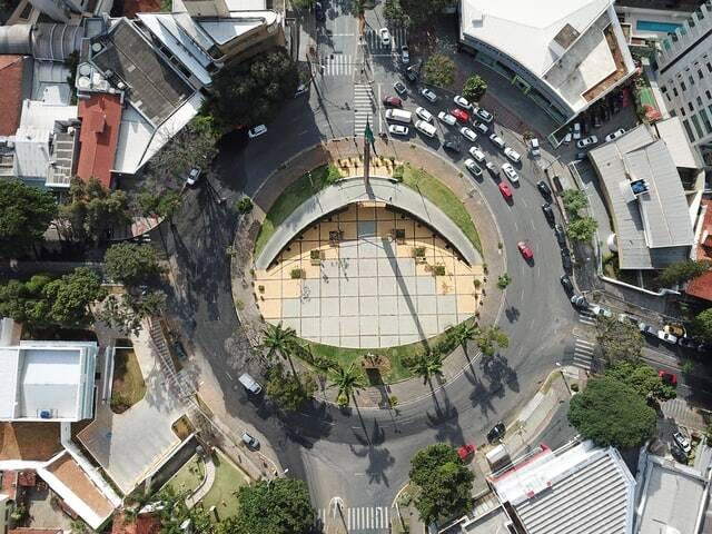 Em Belo Horizonte foi divulgado um novo decreto no último dia 21 (Foto: Unsplash)