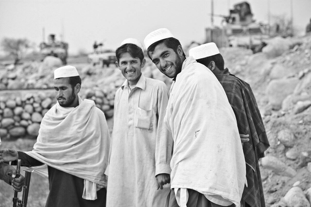 Mesmo sem o poder, o Talibã foi se reorganizando e tomando o controle de algumas regiões (Foto: Pixabay)