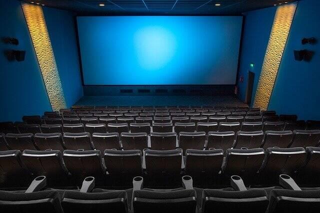 As salas de cinema podem operar com até 60% da capacidade (Foto: Pixabay)