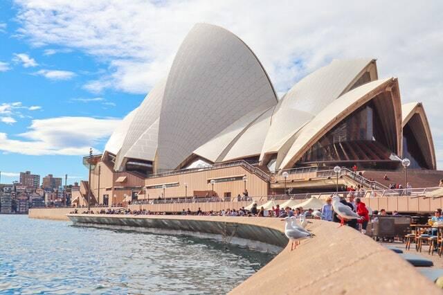 Em Sidney, as praias serão tomadas (Foto: Pexels)