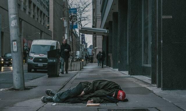 Deixando mais 183 milhões de pessoas em famílias de baixa renda à beira da fome crônica (Foto: Pexels)