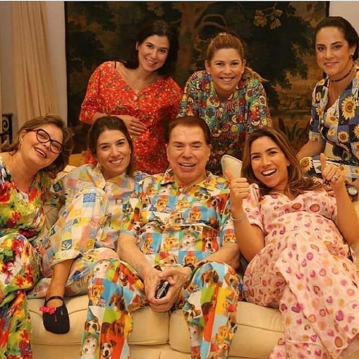 programasilviosantos3 - No hospital, Silvio Santos brigou com médicos e ameaçou sair de avental