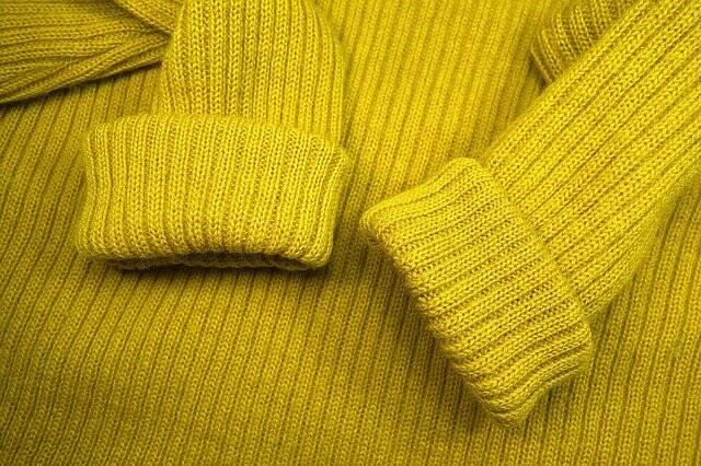 Na Malásia é proibido o uso de roupas amarelos, e a multa é de US$ 1.185. Isso se da devido a manifestações onde os manifestantes usavam essa cor de roupa (Foto: Pixabay)