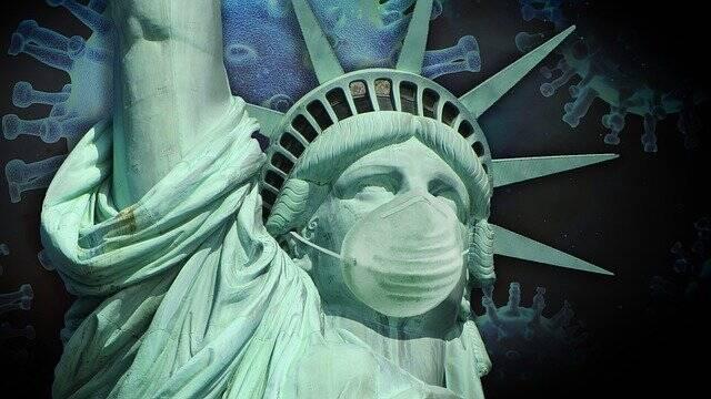 Nos Estados Unidos, foi pedido o uso de máscara novamente em locais fechados e onde foi identificado mais casos de Covid-19 (Foto: Pixabay)