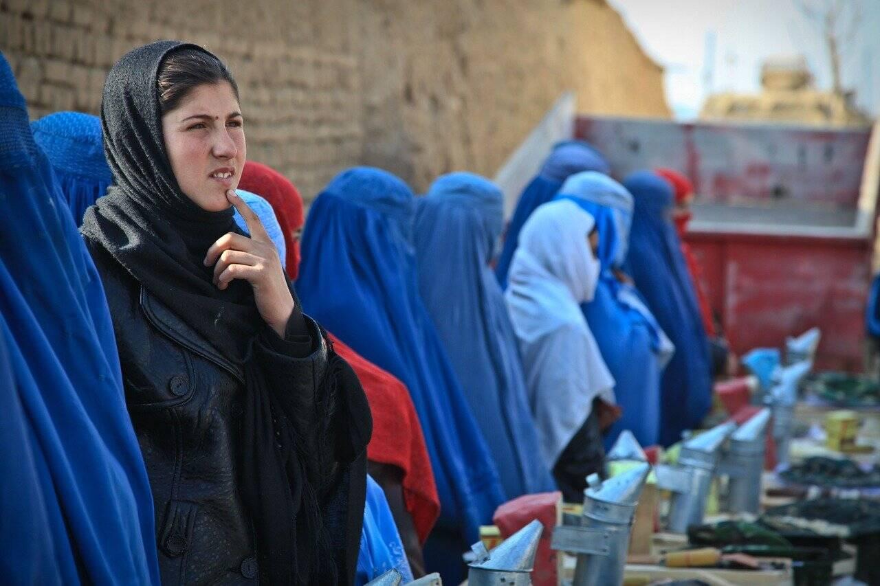 A explicação para o apoio do povo ao Talibã, são as lutas internas entre os mujahedin depois que os soviéticos saíram do pais (Foto: Pixabay)