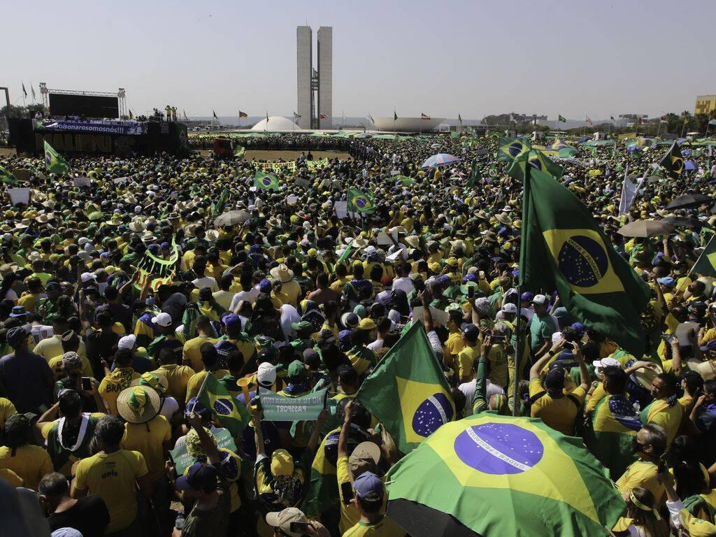 """""""Brasil outrora muito machucado e debilitado agora voa com sua natureza sedenta por liberdade e prosperidade! Voa Brasil!! 7 de setembro dia da nossa independência!"""", escreveu ele em outro post. (Foto: Agência Brasil)"""