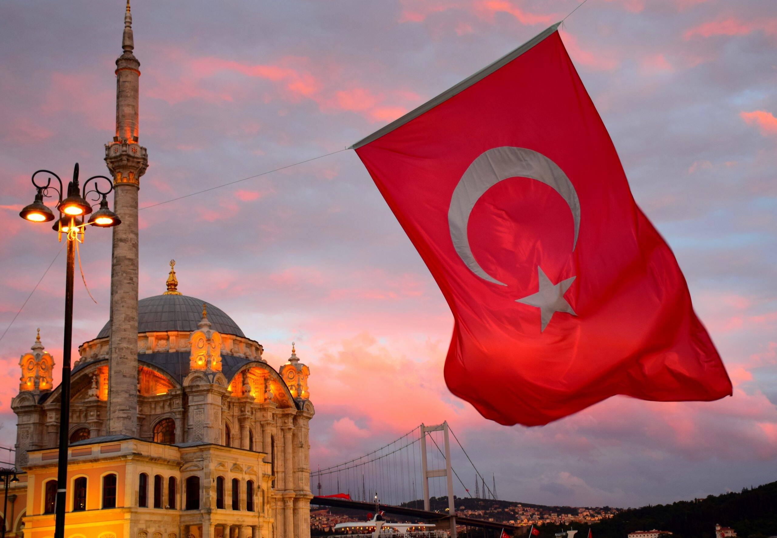 Em décimo lugar está a Turquia com 40,16 milhões de habitante imunizados, o que equivale aproximadamente a metade da população. (Foto: Unsplash)