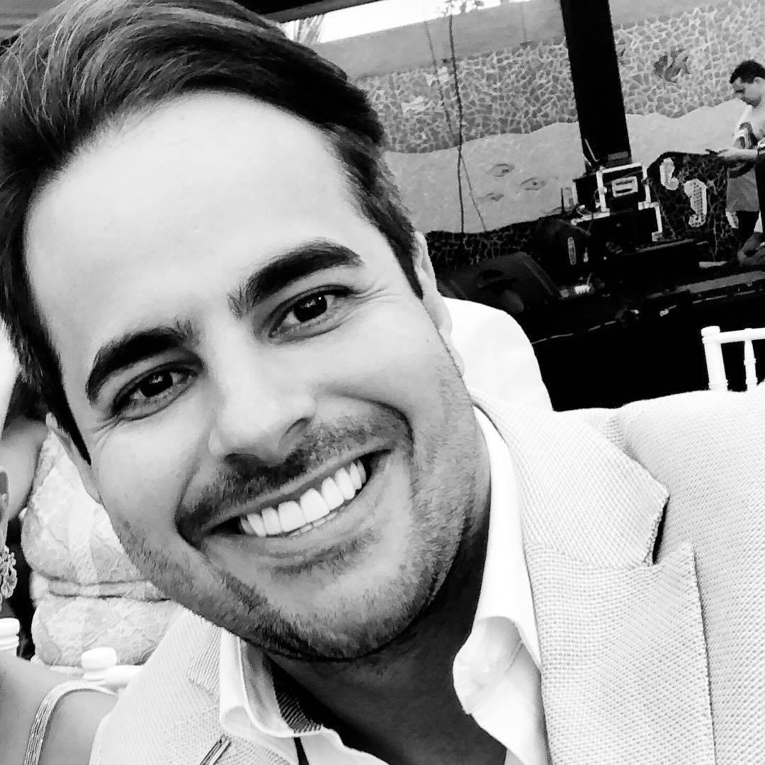 Kaká Diniz, marido de Simone, percebeu que estava ficando calvo e resolveu fazer o transplante capilar em 2018. (Foto: Instagram)