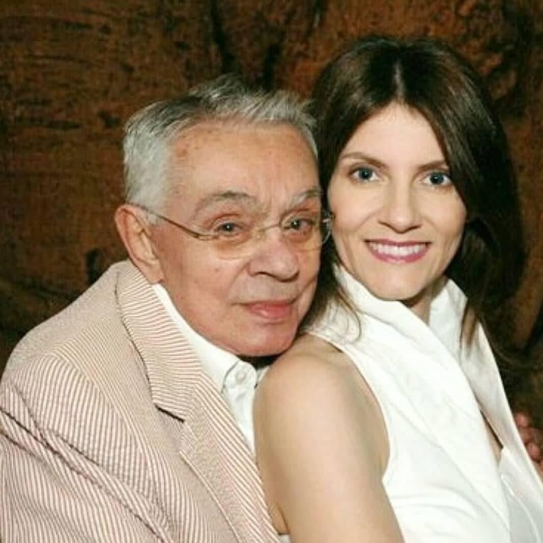 Antes de falecer em 2012, ele vivia um relacionamento com Malga di Paula, mas não teve nenhum filho com a empresária. (Foto: Instagram)