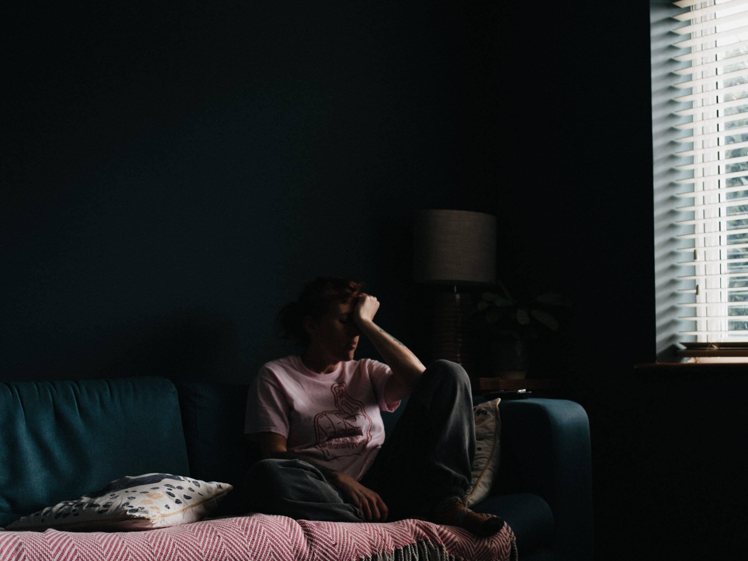Os tratamentos para a doença são semelhantes ao do Covid-19 e incluem isolamento e oxigênio se for necessário. (Foto: Unsplash)