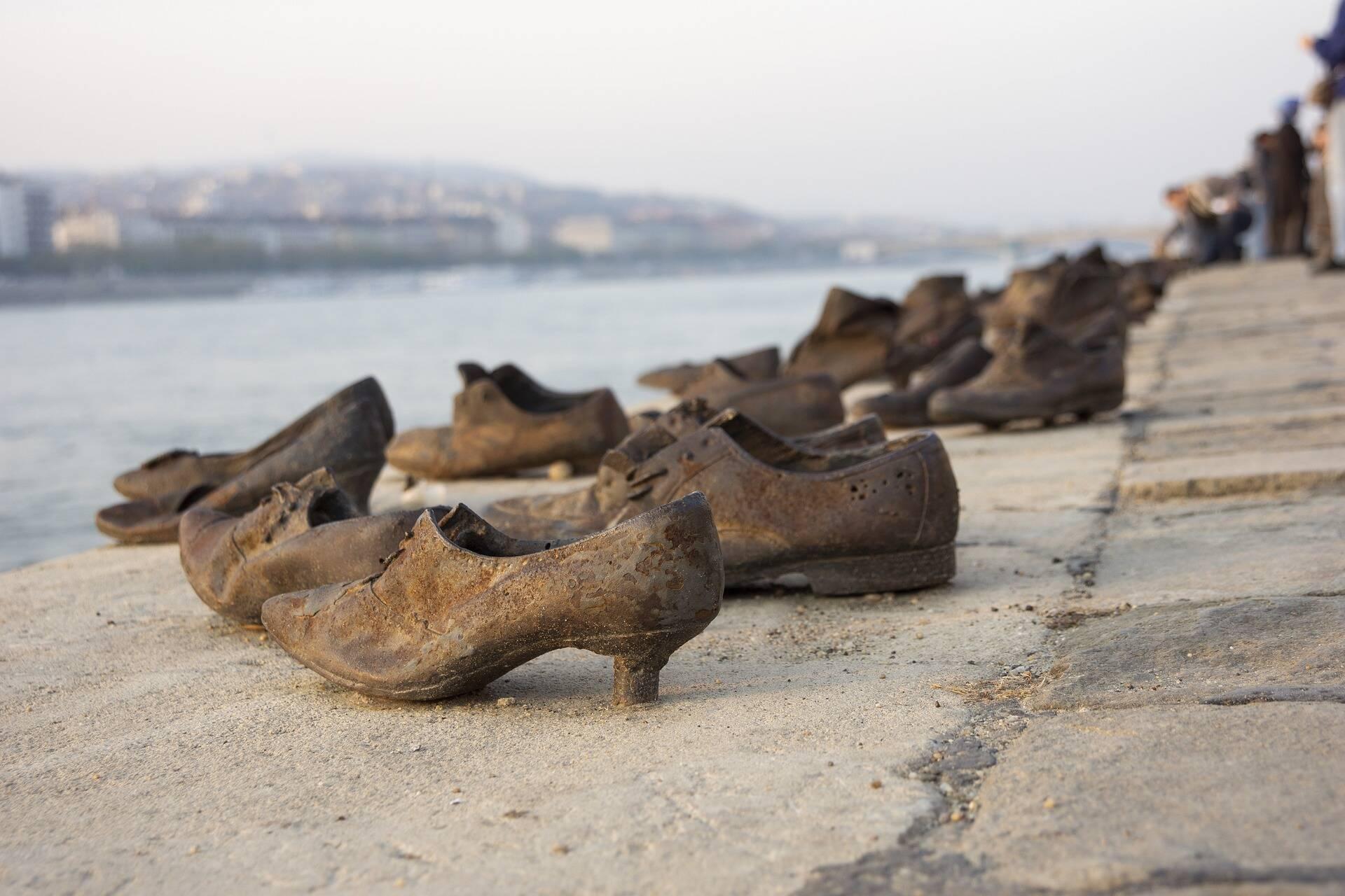 O número de desaparecidos ultrapassou de 40 mil, e ainda hoje, 17 anos após a tragédia, famílias ainda não encontram seus familiares. (Foto: Pixabay)