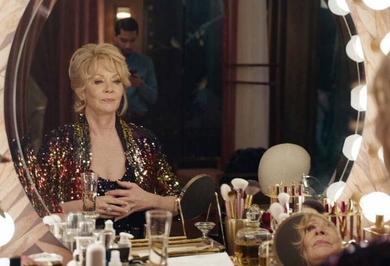 """""""Hacks"""" - Disponível no HBO Max. A produção foi um dos destaques do Emmy 2021. Hacks conquistou os prêmios de Melhor Roteiro e Direção em Série de Comédia, além de Melhor Atriz em Série de Comédia para Jean Smart. (Foto: Divulgação)"""