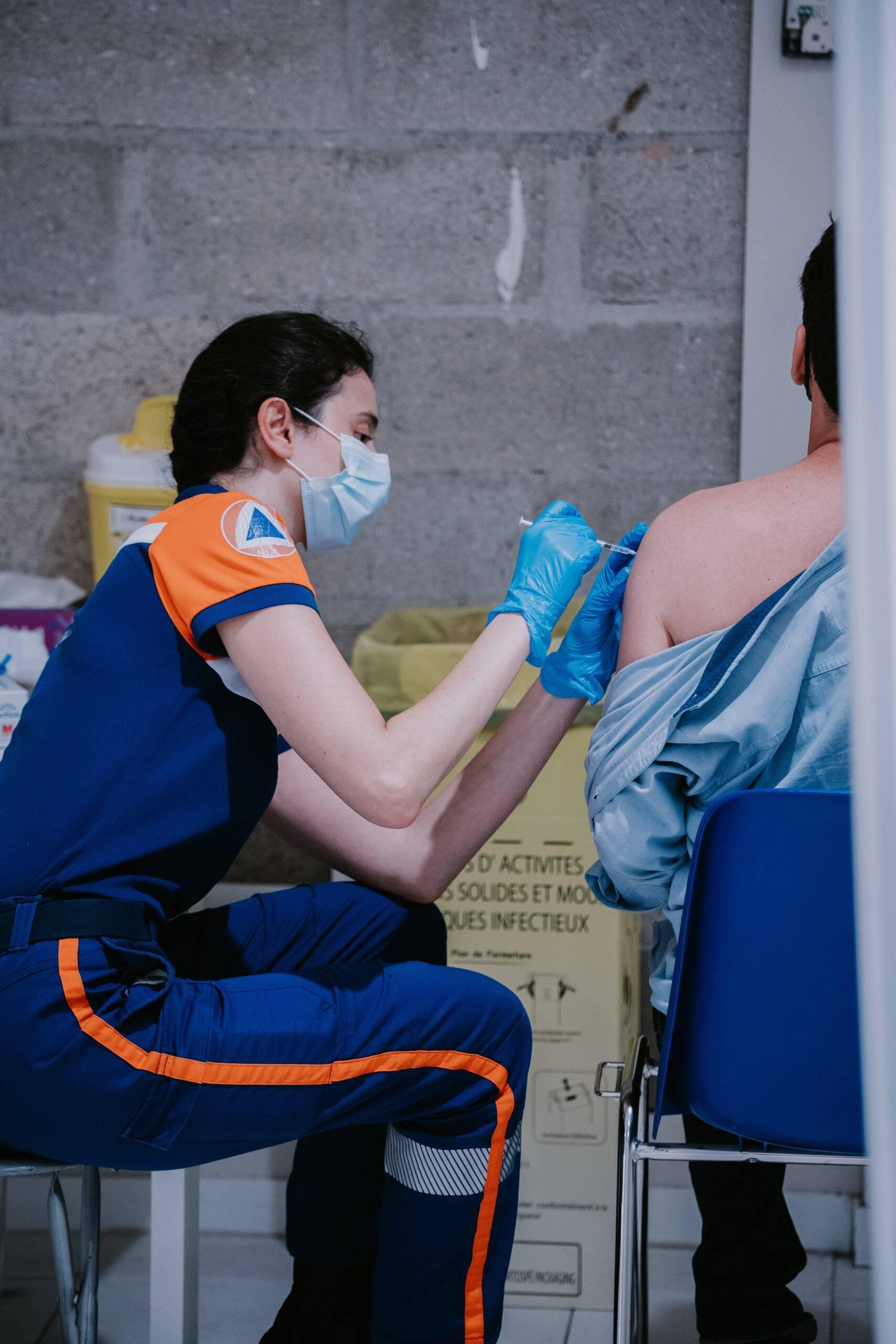 O país asiático enfrenta dificuldades em obter as doses no tempo correto. Com isso, tem cerca de 13,09 milhões de coreanos parcialmente imunizados. (Foto: Unsplash)