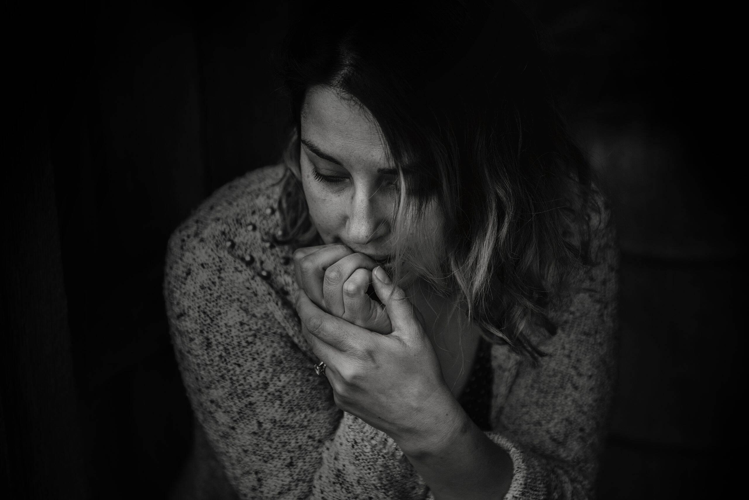 Os sinais da ansiedade podem variar de acordo com cada quadro em que o paciente se encontra. (Foto: Pexels)