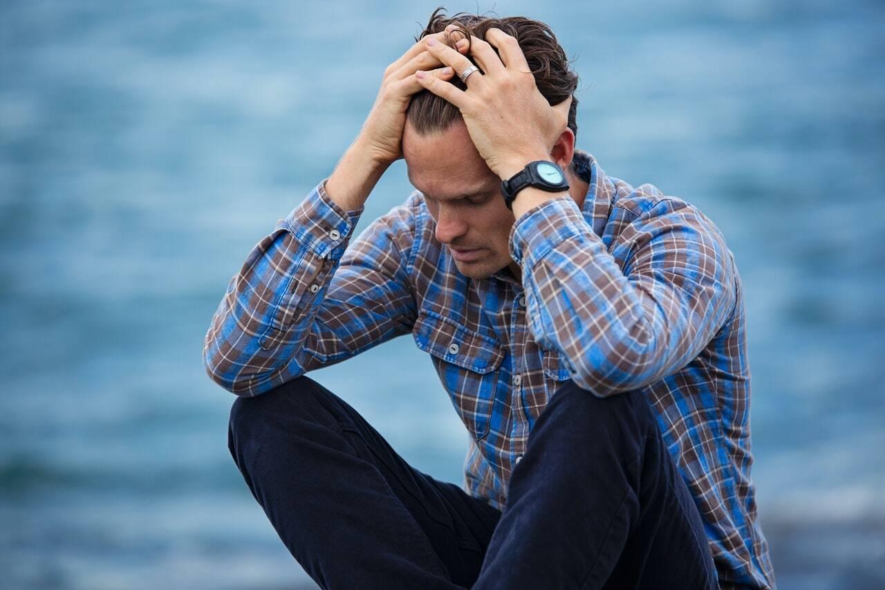 A depressão é um transtorno psicológico que deprime as pessoas, deixando-as em estado de tristeza profunda. (Foto: Pexels)