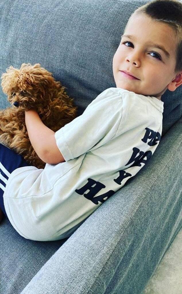 Reign Disick é o filho mais novo de Kourtney, ele nasceu no mesmo dia do irmão mais velho (Foto: Instagram)