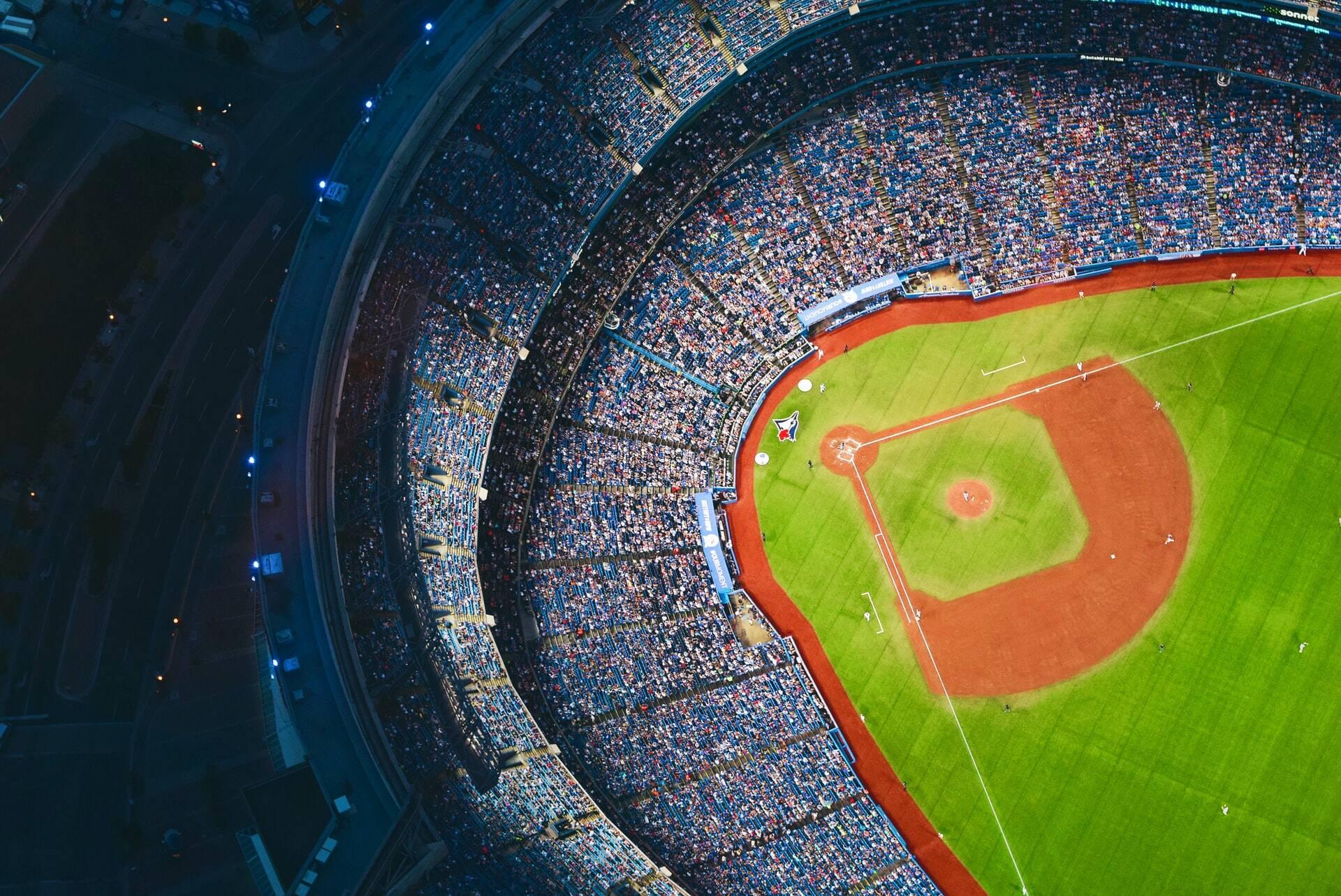 A primeira seria a abertura parcial de boates e público no esporte (Foto: Unsplash)