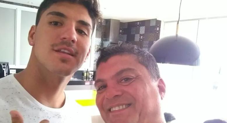 Gabriel Medina e o pai se resolvem (Foto: Instagram)