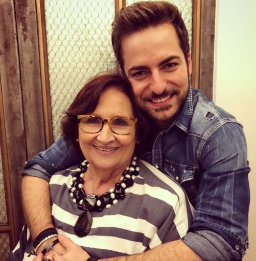 Thales se dá muito bem com a mãe de Paulo Gustavo (Foto: Instagram)