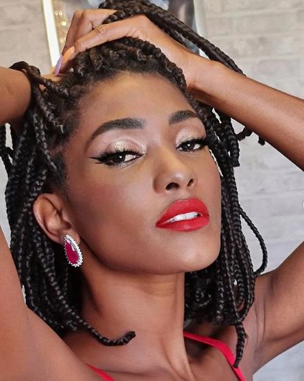 A atriz fará sua estreia no posto de rainha de bateria justamente na atual campeã do carnaval carioca. (Foto: Instagram)