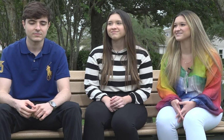A situação chegou a níveis tão graves que afetou o relacionamento entre os irmãos Marina e João Augusto, que deixaram de se seguir nas redes sociais! (Foto: Divulgação)