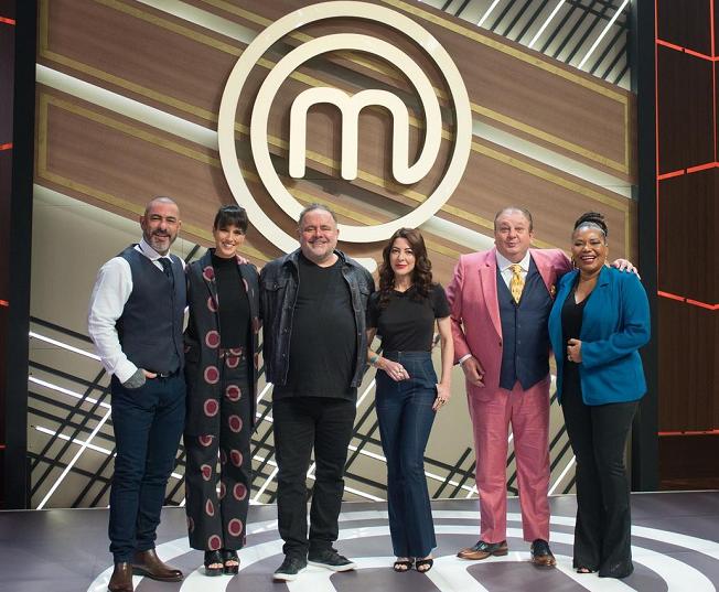 Margareth Menezes e Leo Jaime participaram do 'MasterChef Brasil' (Foto: Band)