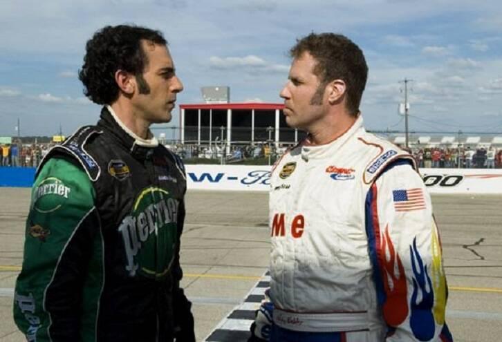 """""""Ricky Bobby - A Toda Velocidade"""" - O astro de NASCAR, Ricky Bobby, está no auge da carreira, com muitos fãs e uma linda esposa. Porém, ele perde tudo o que conquistou quando o francês Jean Girard, um campeão de Fórmula 1, surge em cena. (Foto: Divulgação)"""