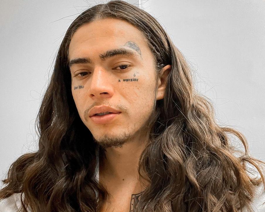 O humorista lançou a música 'Passarinho' em homenagem ao filho João Miguel. (Foto: Instagram)